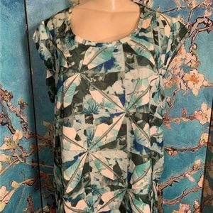 Mossimo Green Print Step Hem Scoop Neck Tunic Top